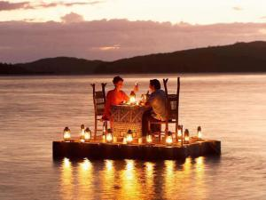 romantic lake dinner